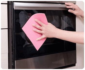 Как очистить духовку от жира и нагара в домашних условиях: основные секреты